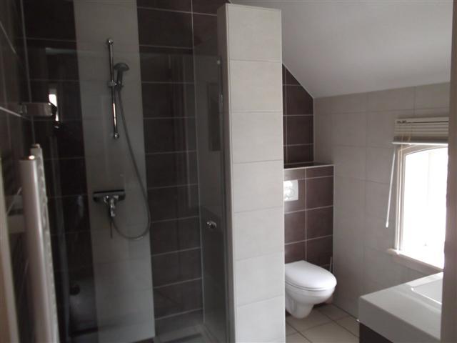 Kamers apud nos domi - Kamer van rustieke chic badkamer ...